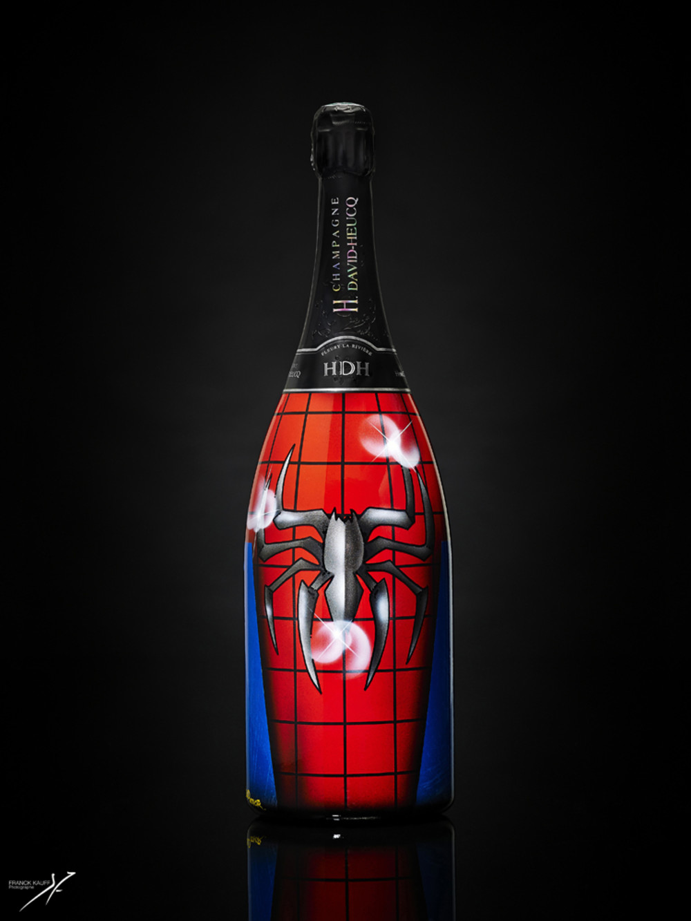 Champagne Henri DAVID-HEUCQ_Magnum_MARVEL_SpidermanA_Designed by Vincent Fenoyer_ROOD COLOR.jpg