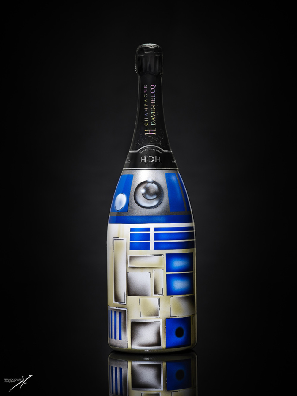 Champagne Henri DAVID-HEUCQ_Magnum_STARWARS_7A_Designed by Vincent Fenoyer_ROOD COLOR.jpg